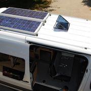 Camper con pannelli fotovoltaici