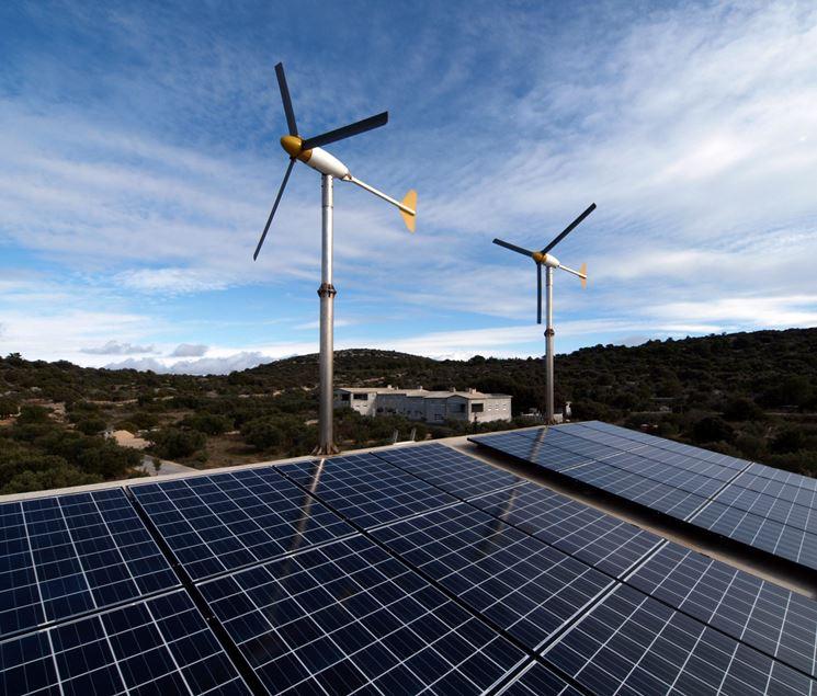Combinazione fotovoltaico eolico