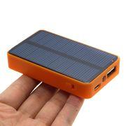 Alimentatore solare smartphone