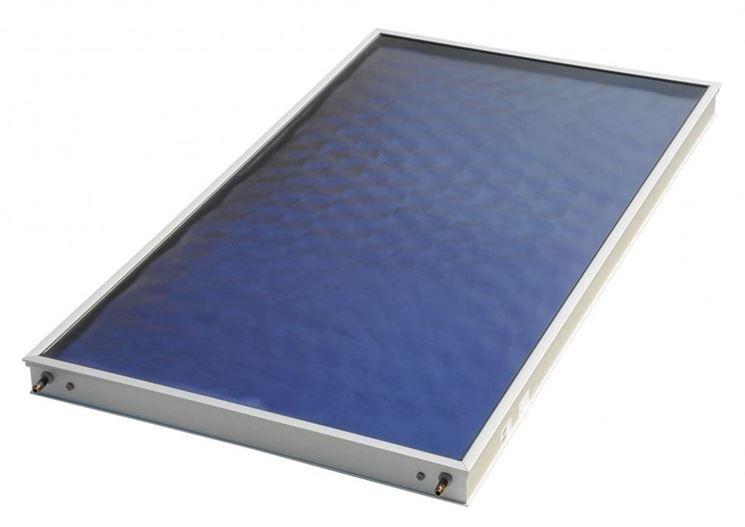 Collettore solare piano