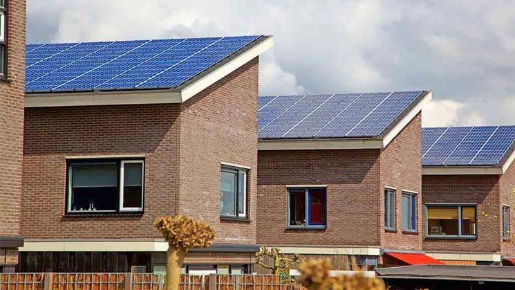 Case con tetti fotovoltaici