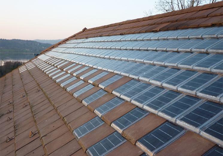 Esempio di tegole fotovoltaiche