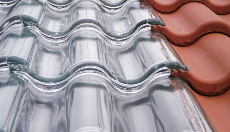 Esempio di tegola solare trasparente