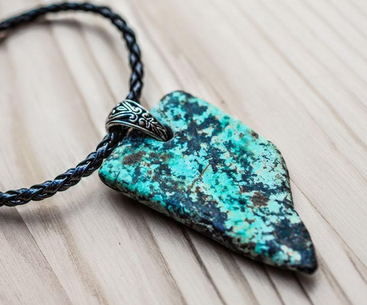 I gioielli pietre dure bigiotteria fai da te for Orecchini con pietre dure fai da te