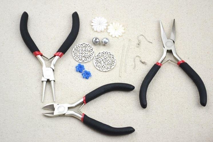 Kit per orecchini di bigiotteria fai da te