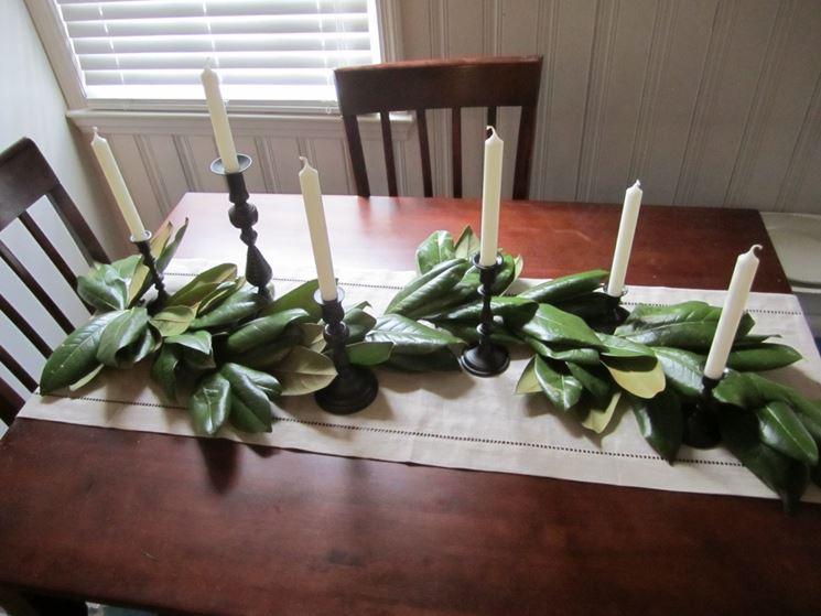 Decorazioni Natalizie Con Foglie Di Magnolia.Centrotavola Natalizi Fai Da Te Come Decorare