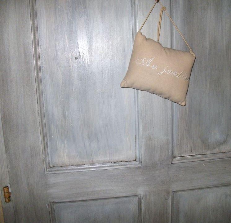 Decorazioni porte come decorare come decorare le porte - Porte shabby chic ...