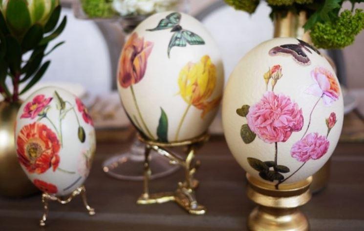 Decalcomania per decorare uova