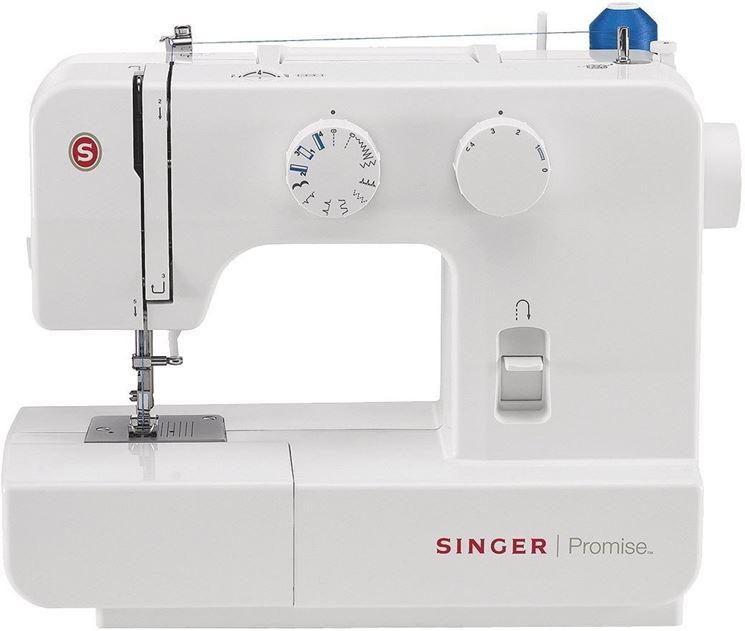 Un modello di macchina da cucire Singer