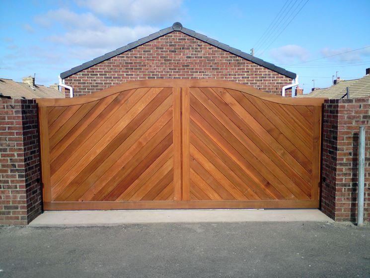 Un esempio di cancello in legno