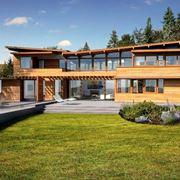 Casa con veranda in legno