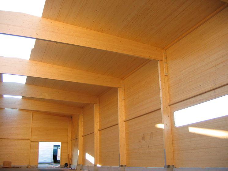 Pilastri in legno