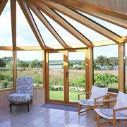 Grande veranda in legno