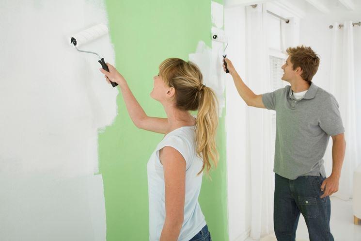Dipingere i muri di casa