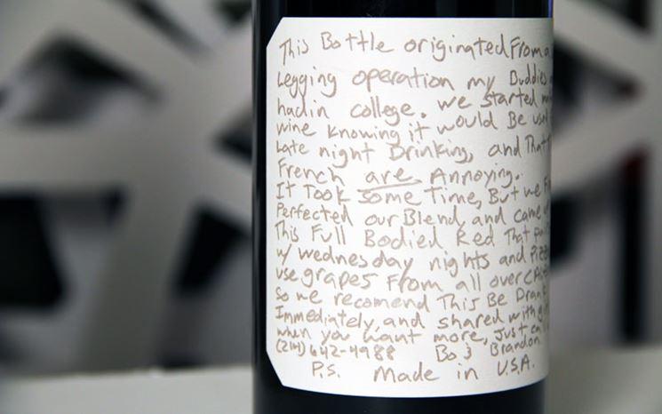Etichetta compilata a mano