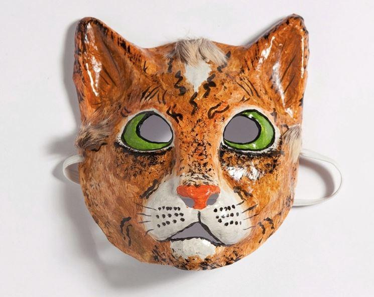 Maschera di cartapesta da abbinare al costumi di carnevale fai da te