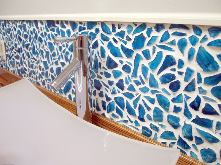 Mosaico realizzato su una parete
