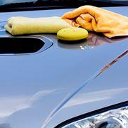 Usare la cera per auto