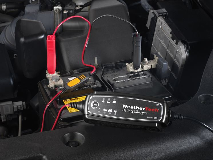 Watch as well 649 Dodge Uconnect Lockpick Air V2 Wifi Streaming Interface also Citroen Xantia 2 as well Diagnosing Electrical Problems in addition Watch. on dodge journey fuse box