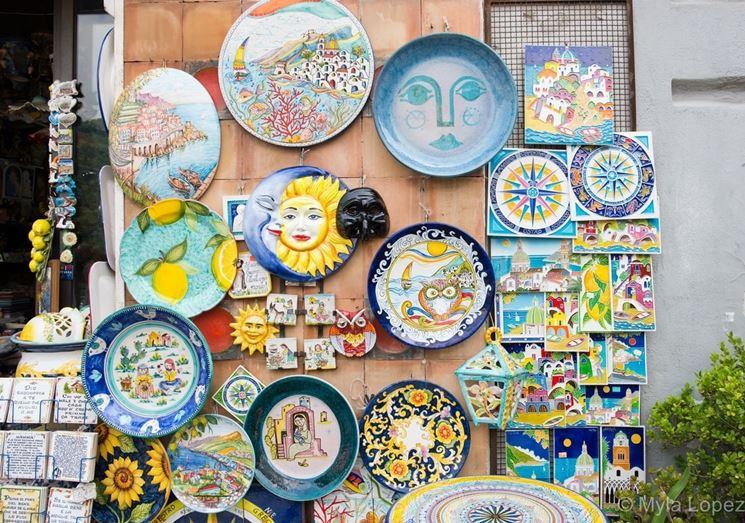 Tipiche ceramiche vietresi