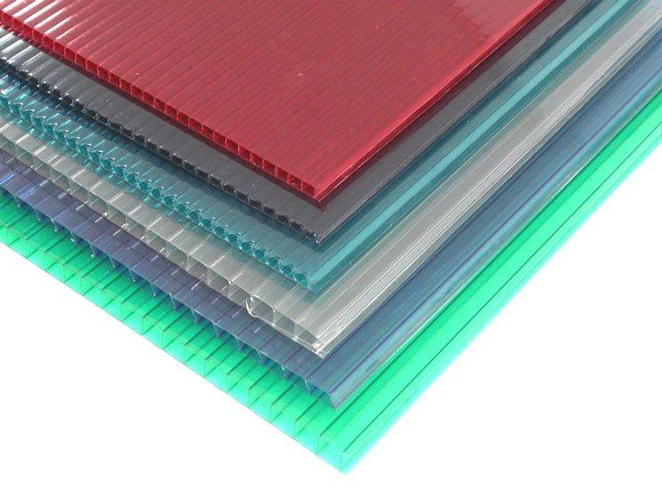 Pannelli in pilocarbonato colorato