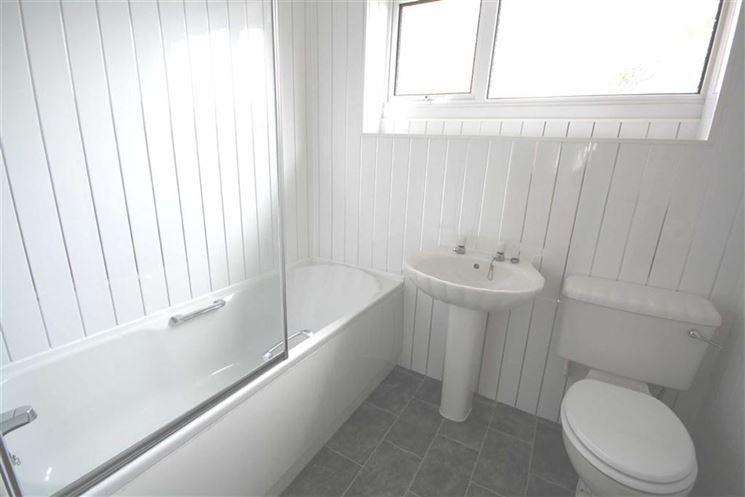 le perline in PVC sono molto indicate in bagno