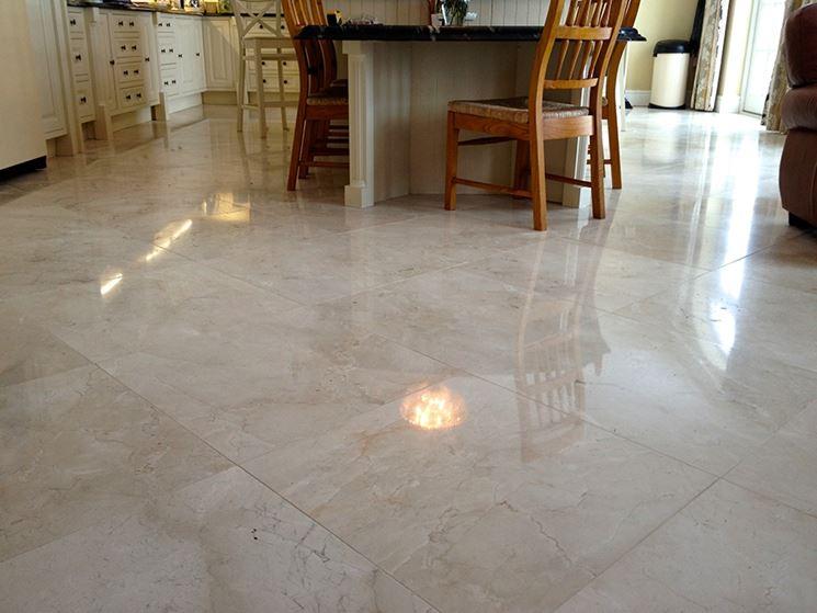 Cera per pavimenti in marmo