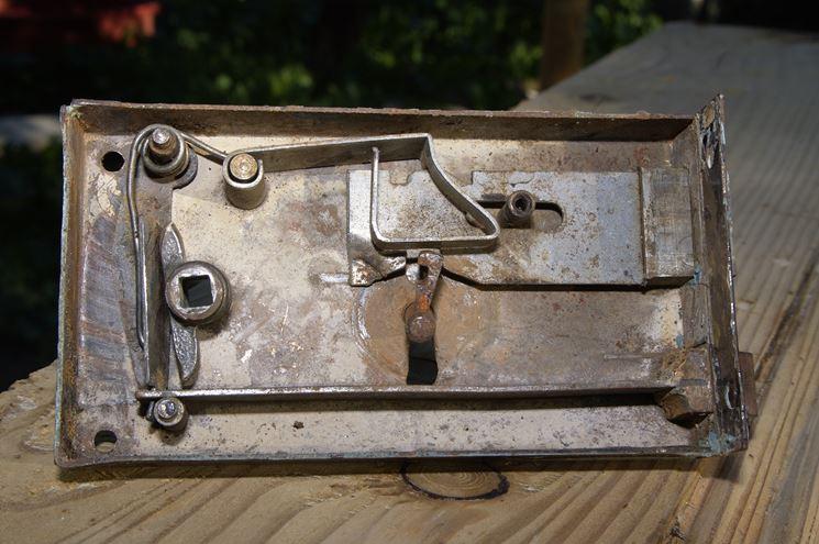 Cambiare una serratura riparazione come cambiare una serratura - Cambiare serratura porta ...