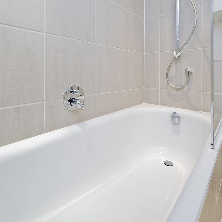 Rismaltatura vasche da bagno 28 images bagno accessori e mobili urso rismaltatura vasche - Verniciare vasca da bagno ...