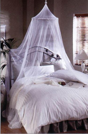 Zanzariera da letto, efficace e affascinante