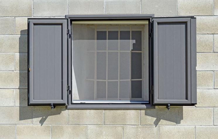 Costruire una zanzariera tecniche principali - Costruire una finestra in alluminio ...