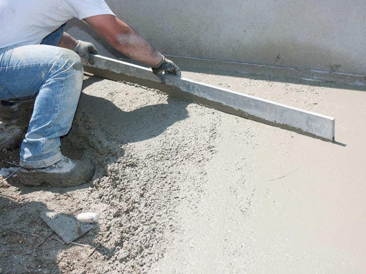 È fondamentale spianare bene la sabbia