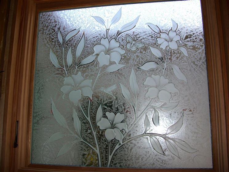Finestra in vetro sabbiato