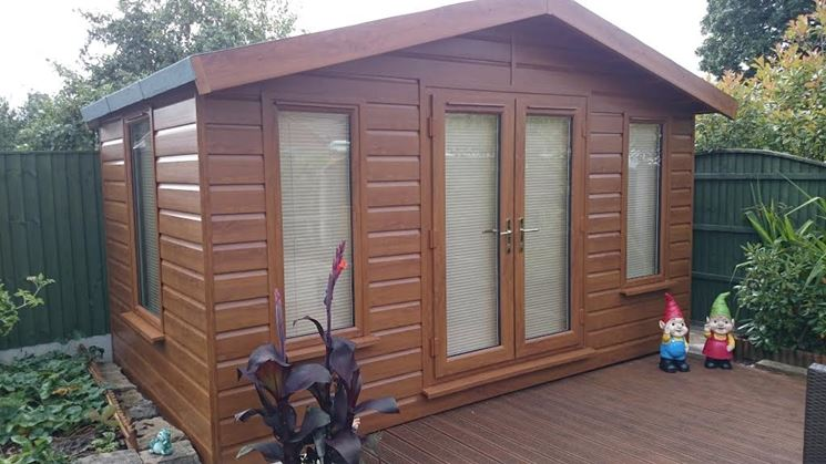 Casette da giardino casette di legno modelli e - Casette da giardino in pvc ...