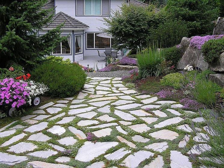 Vialetti in pietra - Giardino - Realizzazione vialetti in pietra