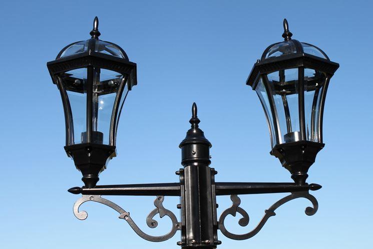Lampioncini da giardino in classico stile vittoriano