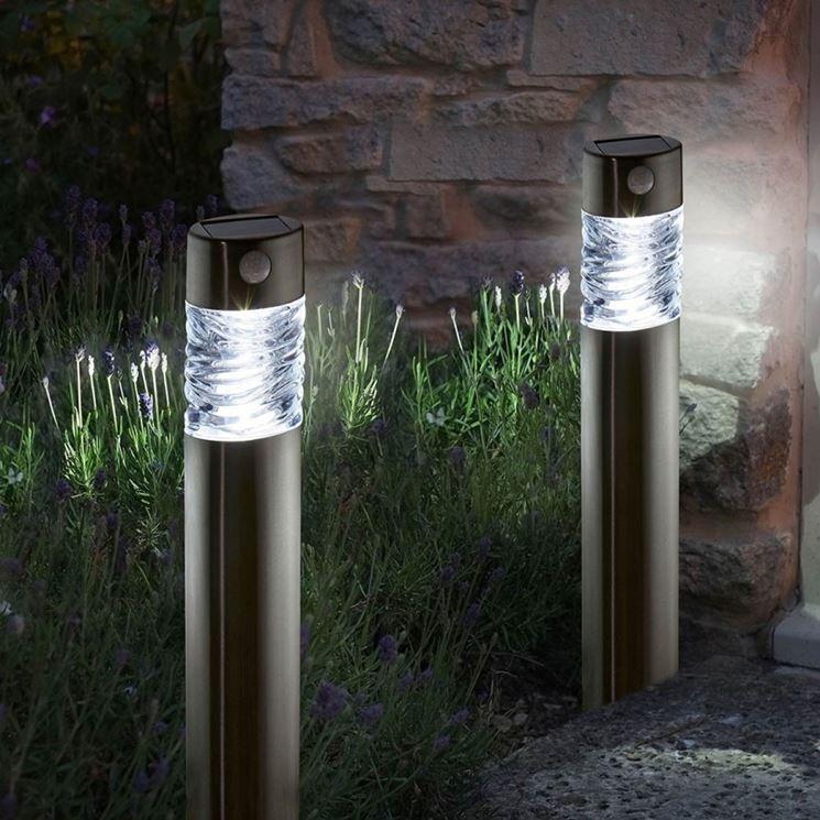 Le luci da giardino lampade da esterno illuminazione - Luci per giardino ...