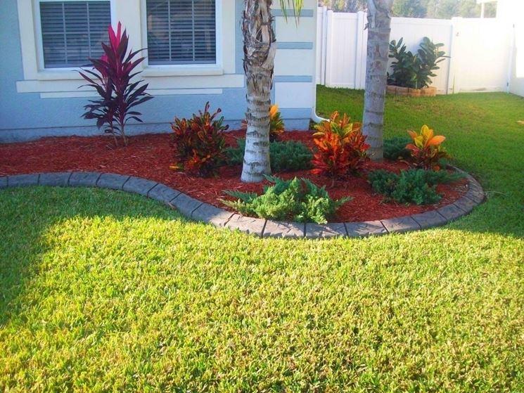 Cordoli per aiuole materiali da giardinaggio bordi aiuola giardino