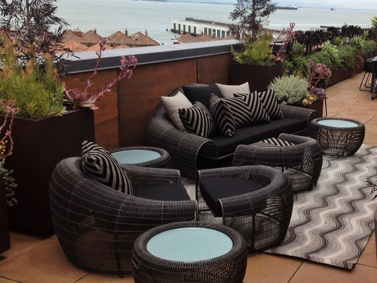 Arredamenti per terrazze mobili da giardino arredare for Mobili da giardino terrazzo