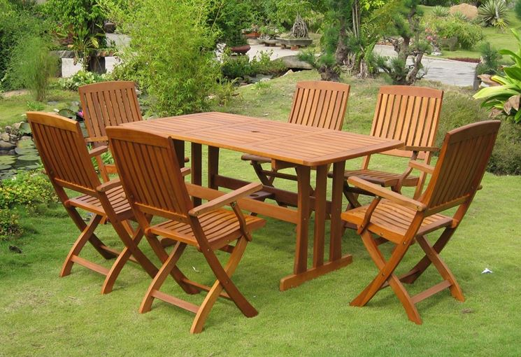 Arredo giardino mobili da giardino come arredare il for Mobili arredo giardino