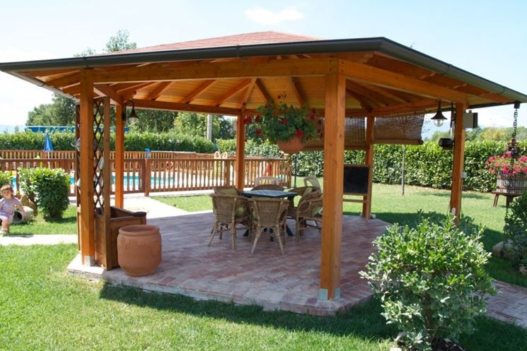 Gazebo in legno - Mobili da giardino - Gabezi in legno