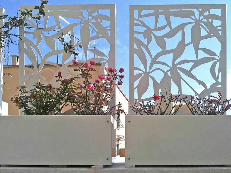 Grigliati per terrazzi mobili da giardino paravento - Recinzioni in metallo per giardino ...