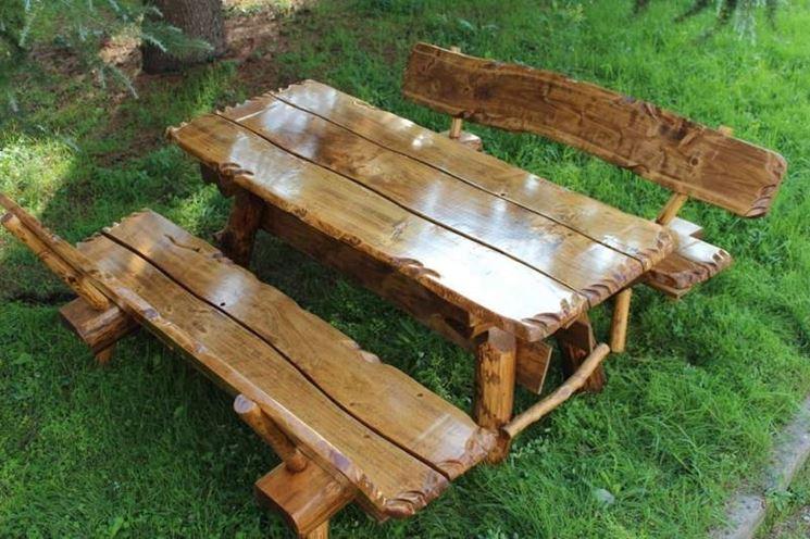 Sedie da giardino mobili da giardino tipologie di - Tavoli rustici fai da te ...