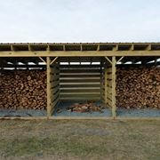 Tettoia per ricovero legna