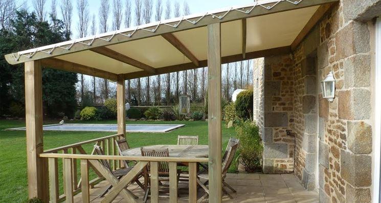 tettoia per giardino in legno