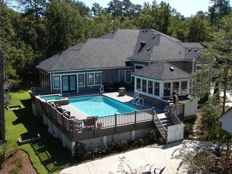 casa con piscina interrata