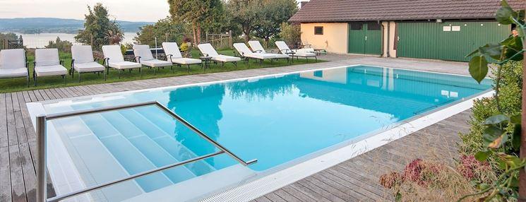Piscine prefabbricate piscine fuori terra for Piscine prefabbricate prezzi