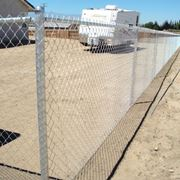 Paletti per recinzione in metallo