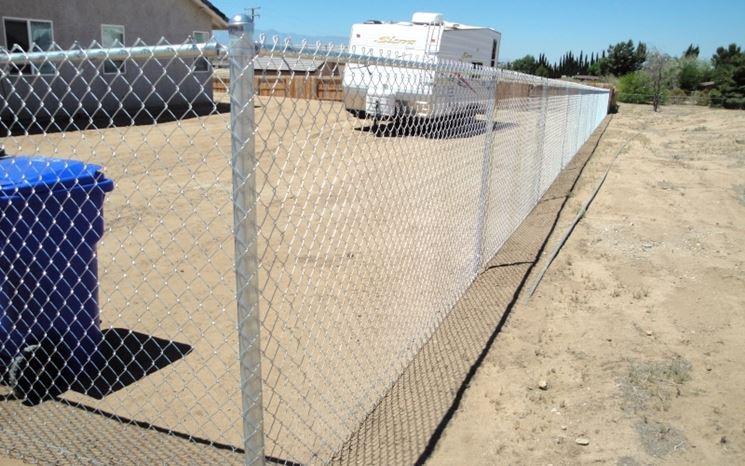Paletti per recinzione recinzioni giardino recinzioni - Recinzioni in metallo per giardino ...