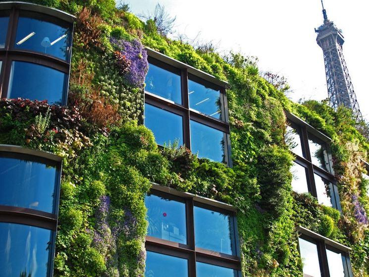 Urbanistica e giardini verticali